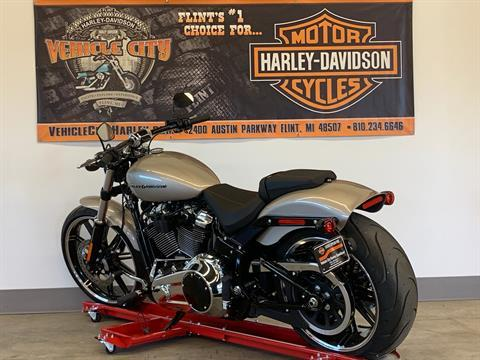 2018 Harley-Davidson Breakout® 107 in Flint, Michigan - Photo 6