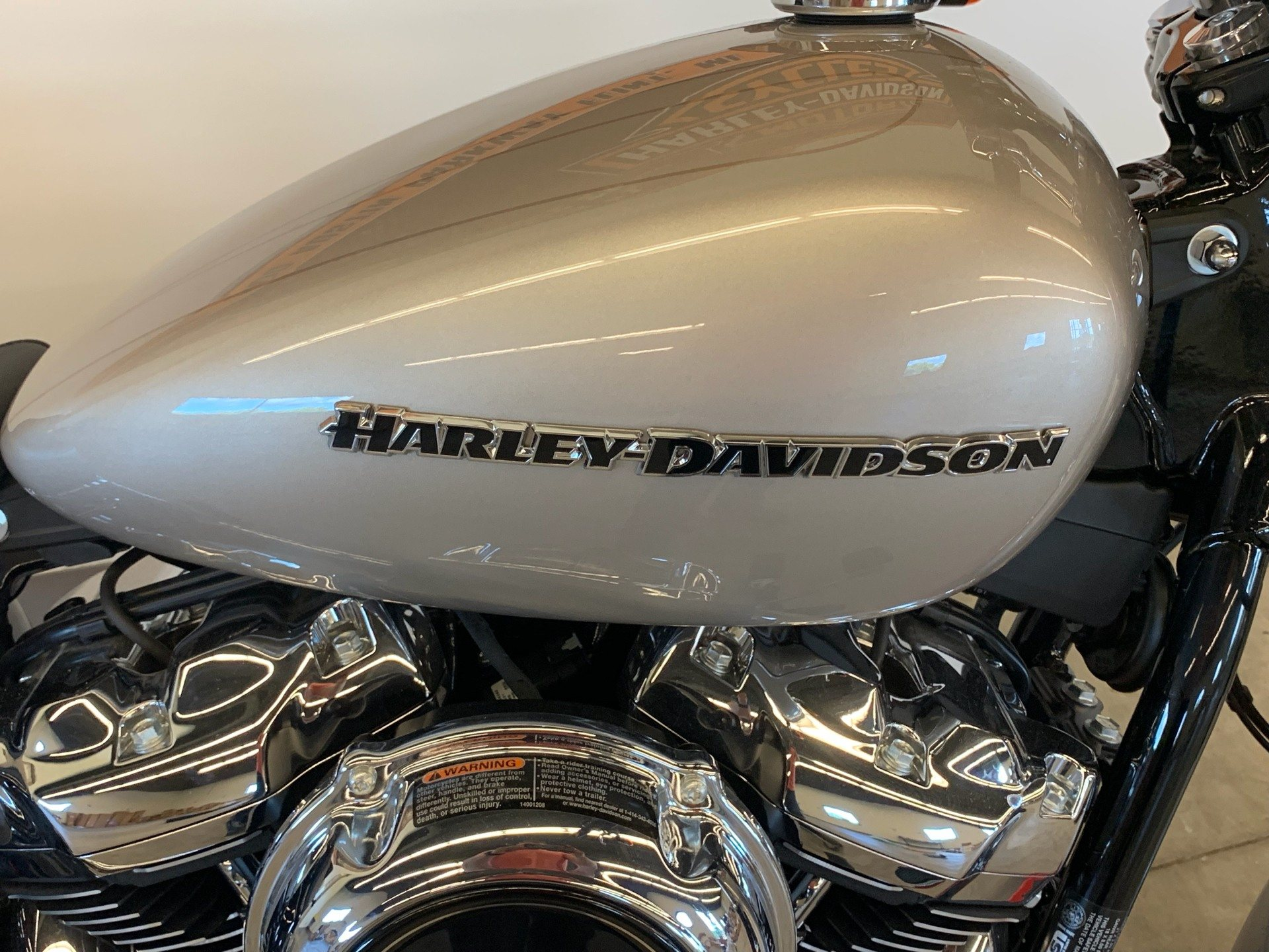 2018 Harley-Davidson Breakout® 107 in Flint, Michigan - Photo 11