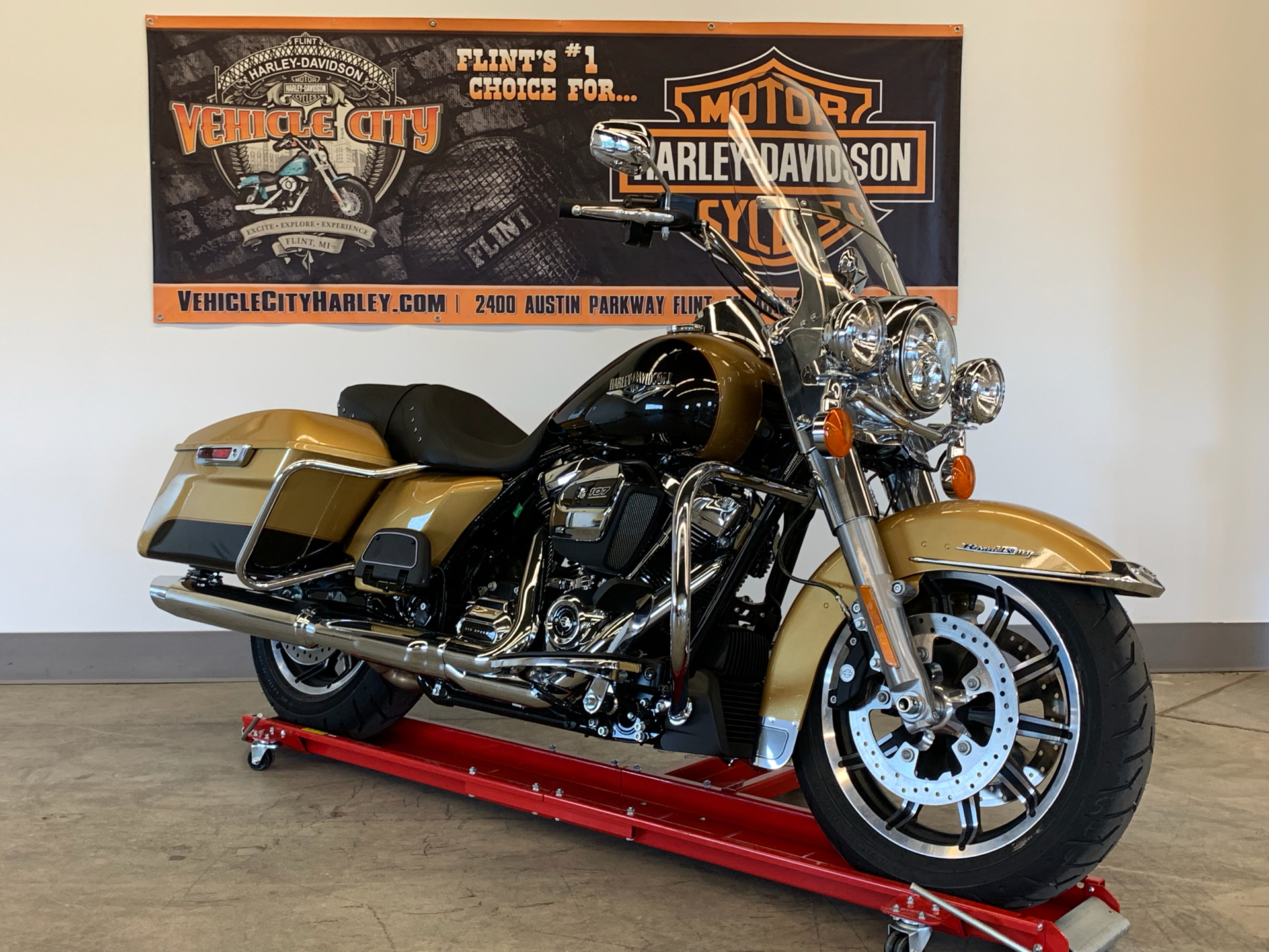 2017 Harley-Davidson Road King® in Flint, Michigan - Photo 2
