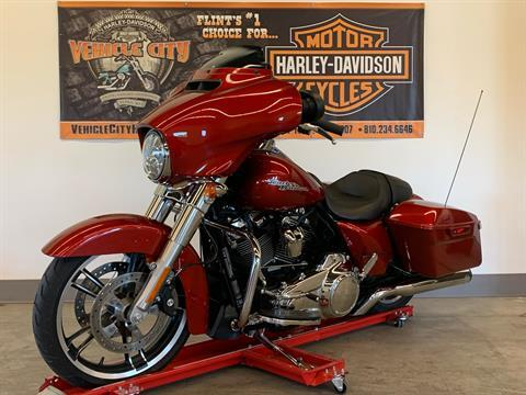 2019 Harley-Davidson Street Glide® in Flint, Michigan - Photo 4