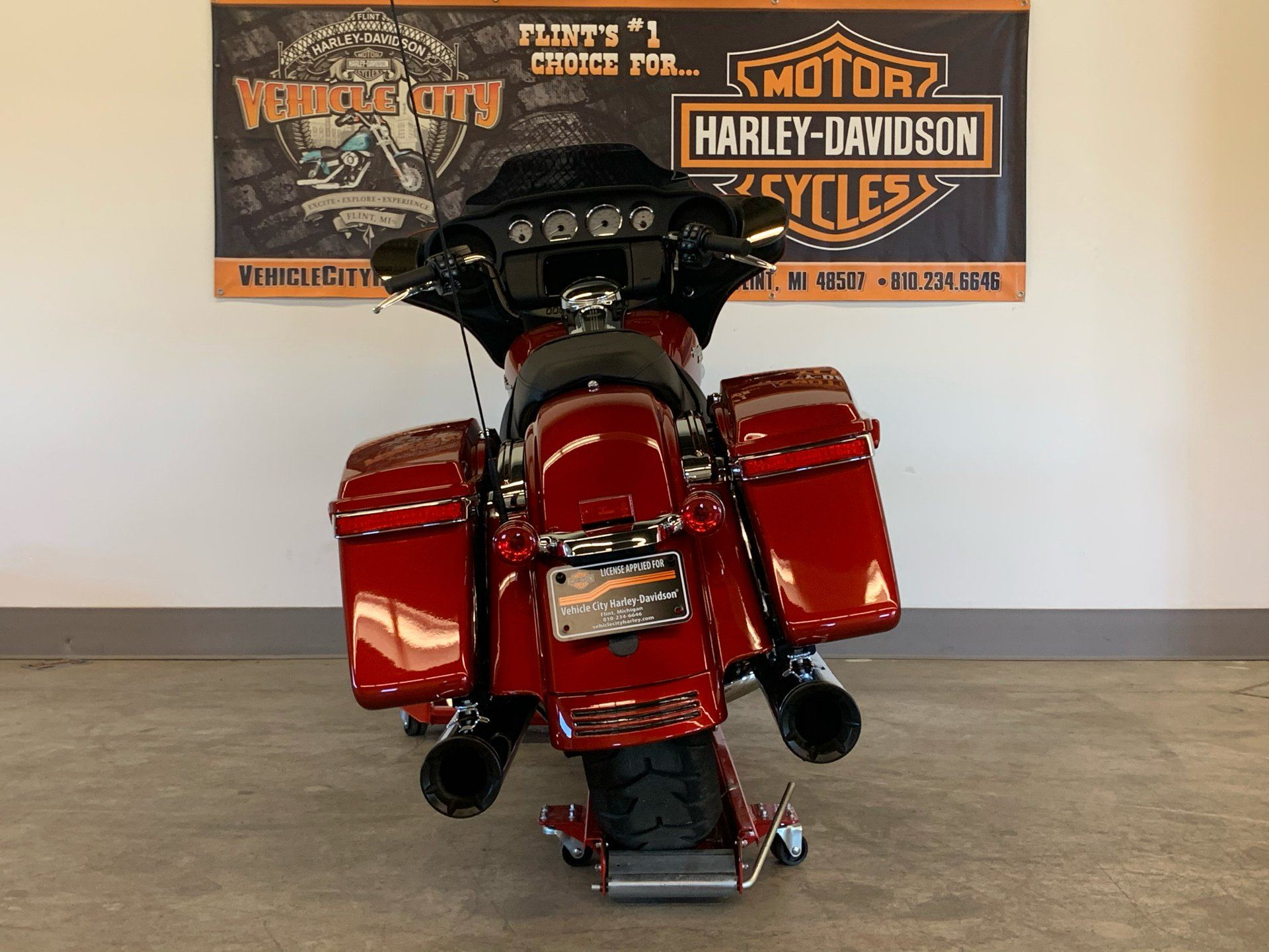 2019 Harley-Davidson Street Glide® in Flint, Michigan - Photo 7