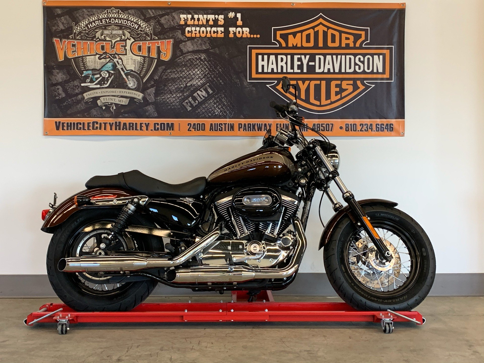2019 Harley-Davidson 1200 Custom in Flint, Michigan - Photo 1