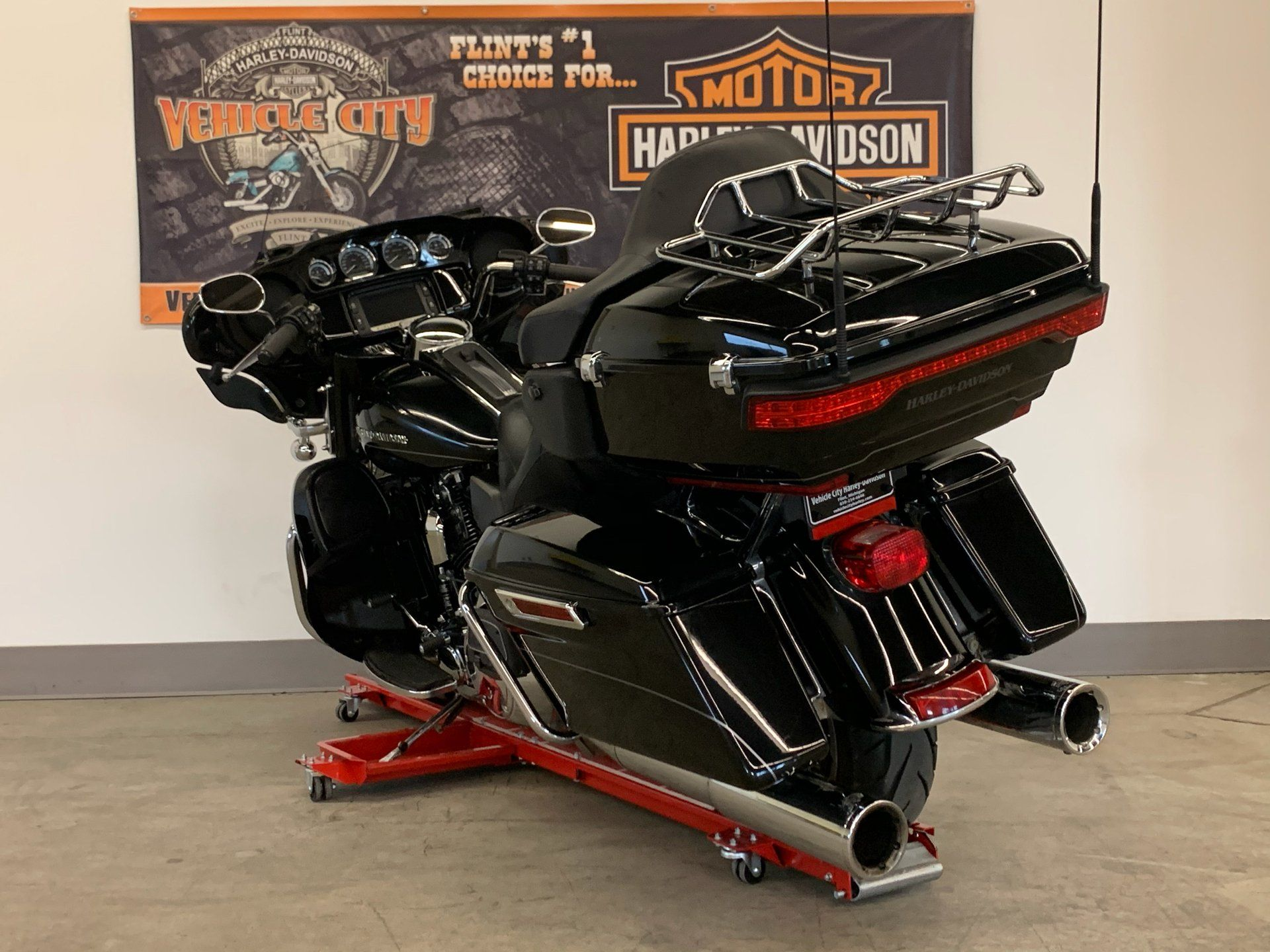 2015 Harley-Davidson Ultra Limited in Flint, Michigan - Photo 6