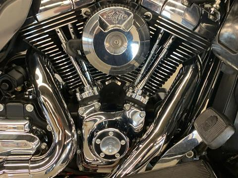 2015 Harley-Davidson Ultra Limited in Flint, Michigan - Photo 8