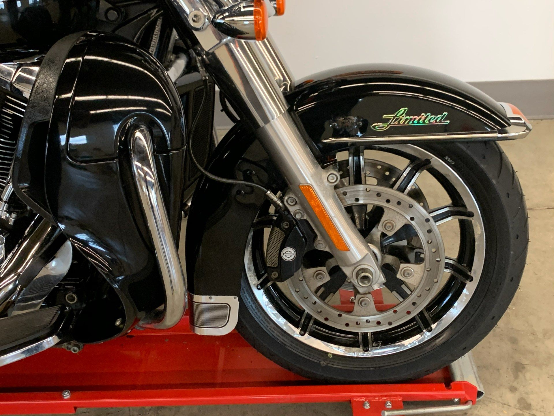 2015 Harley-Davidson Ultra Limited in Flint, Michigan - Photo 10