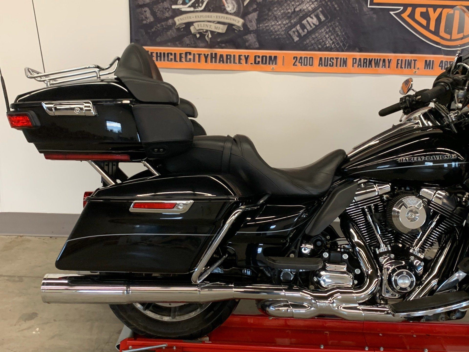 2015 Harley-Davidson Ultra Limited in Flint, Michigan - Photo 11