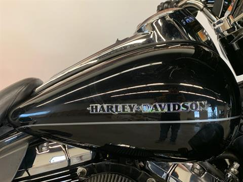 2015 Harley-Davidson Ultra Limited in Flint, Michigan - Photo 19