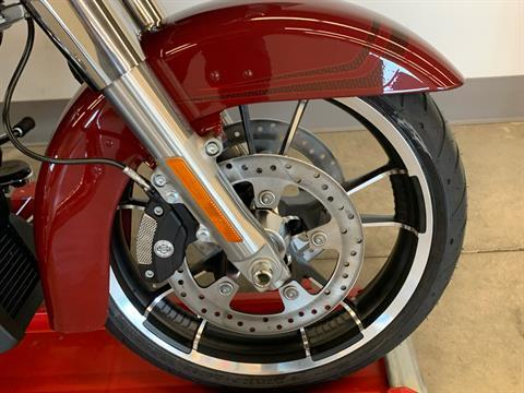 2020 Harley-Davidson Road Glide® in Flint, Michigan - Photo 9