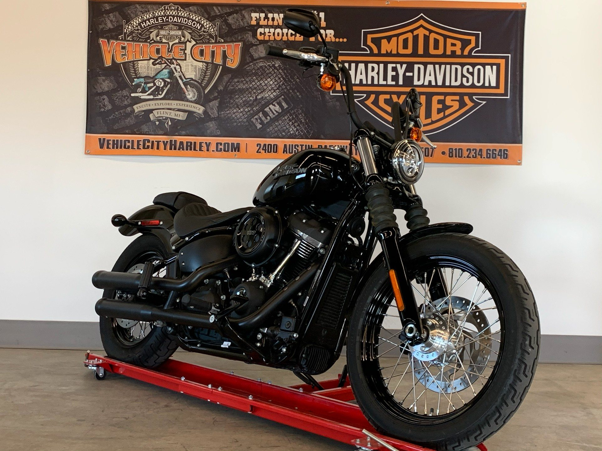 2019 Harley-Davidson Street Bob® in Flint, Michigan - Photo 2