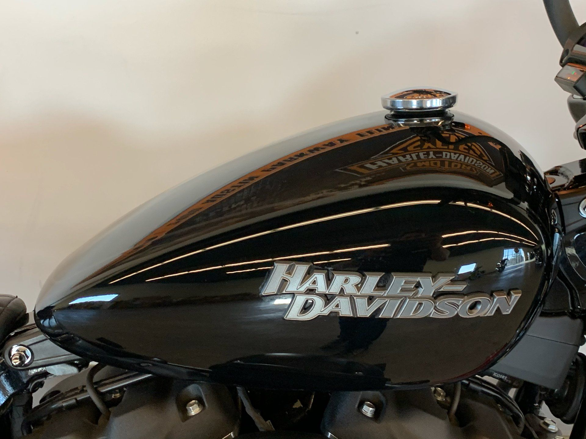 2019 Harley-Davidson Street Bob® in Flint, Michigan - Photo 14