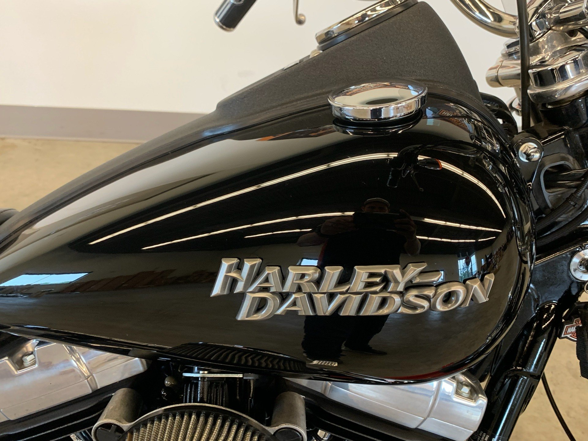 2012 Harley-Davidson Dyna® Street Bob® in Flint, Michigan - Photo 21