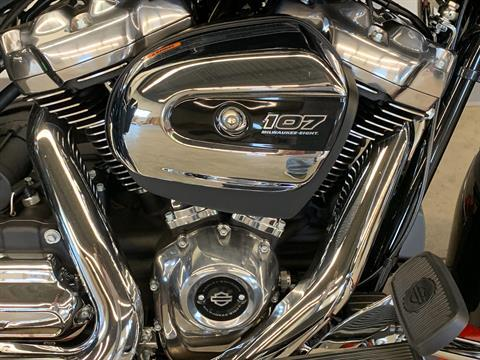 2019 Harley-Davidson Electra Glide® Standard in Flint, Michigan - Photo 8