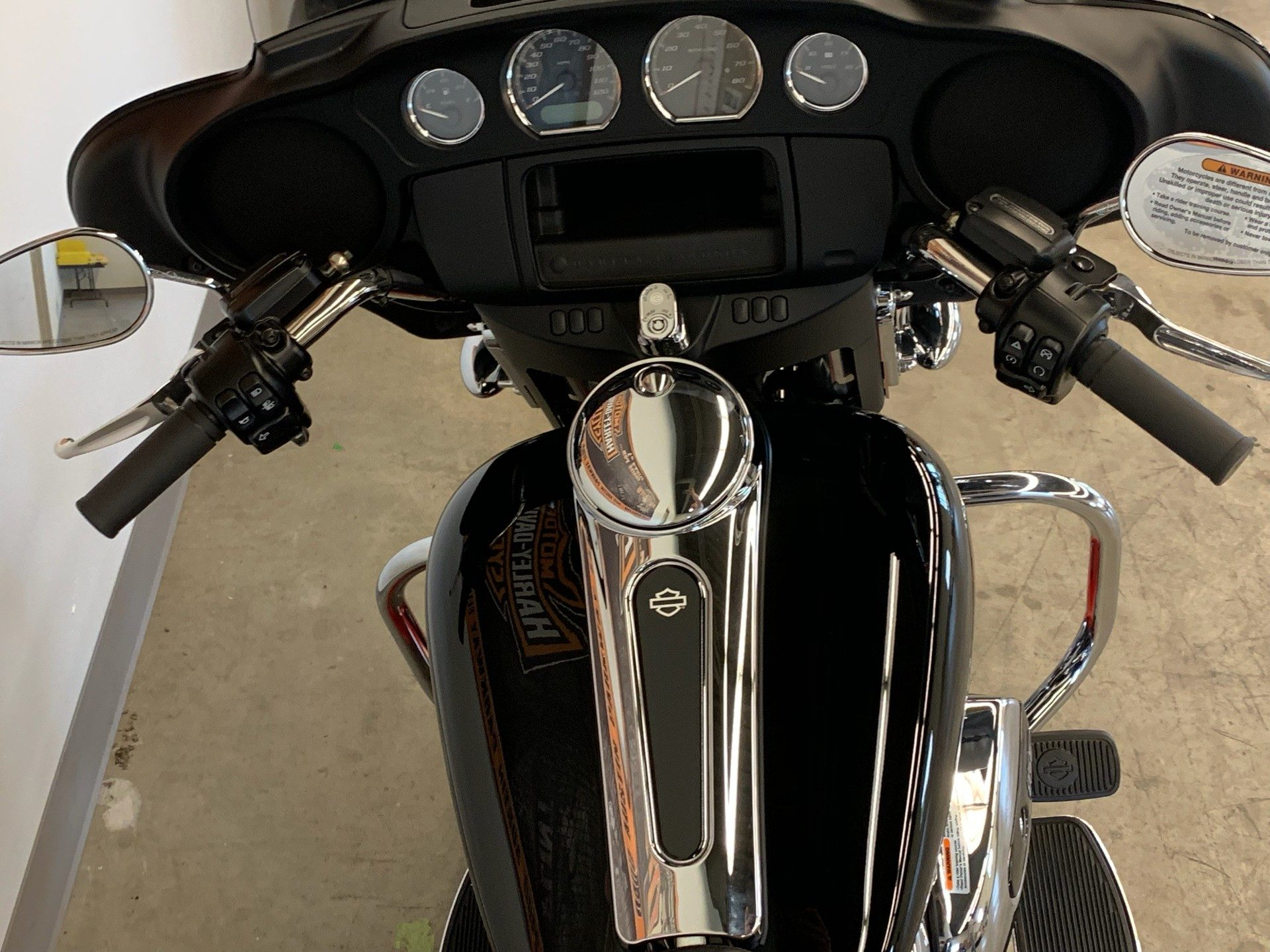2019 Harley-Davidson Electra Glide® Standard in Flint, Michigan - Photo 12