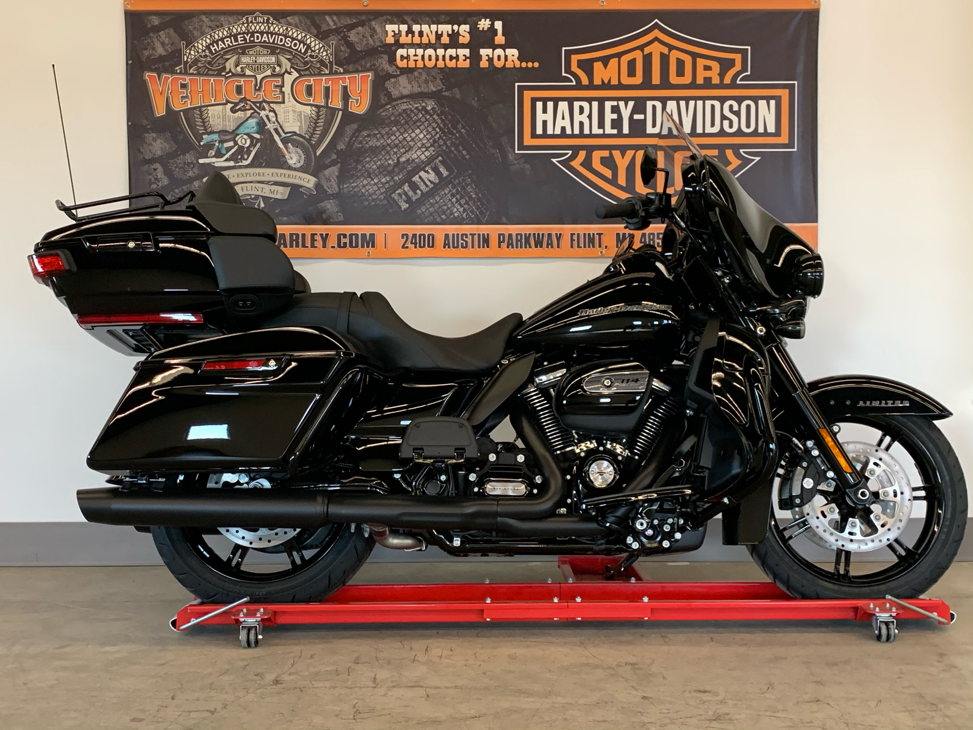 2021 Harley-Davidson ULTRA LIMITED in Flint, Michigan - Photo 1