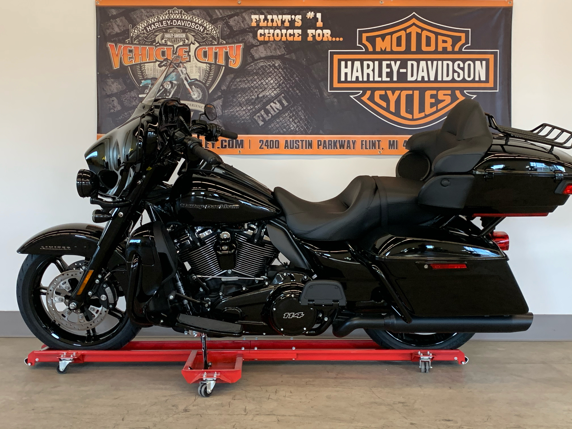 2021 Harley-Davidson ULTRA LIMITED in Flint, Michigan - Photo 5
