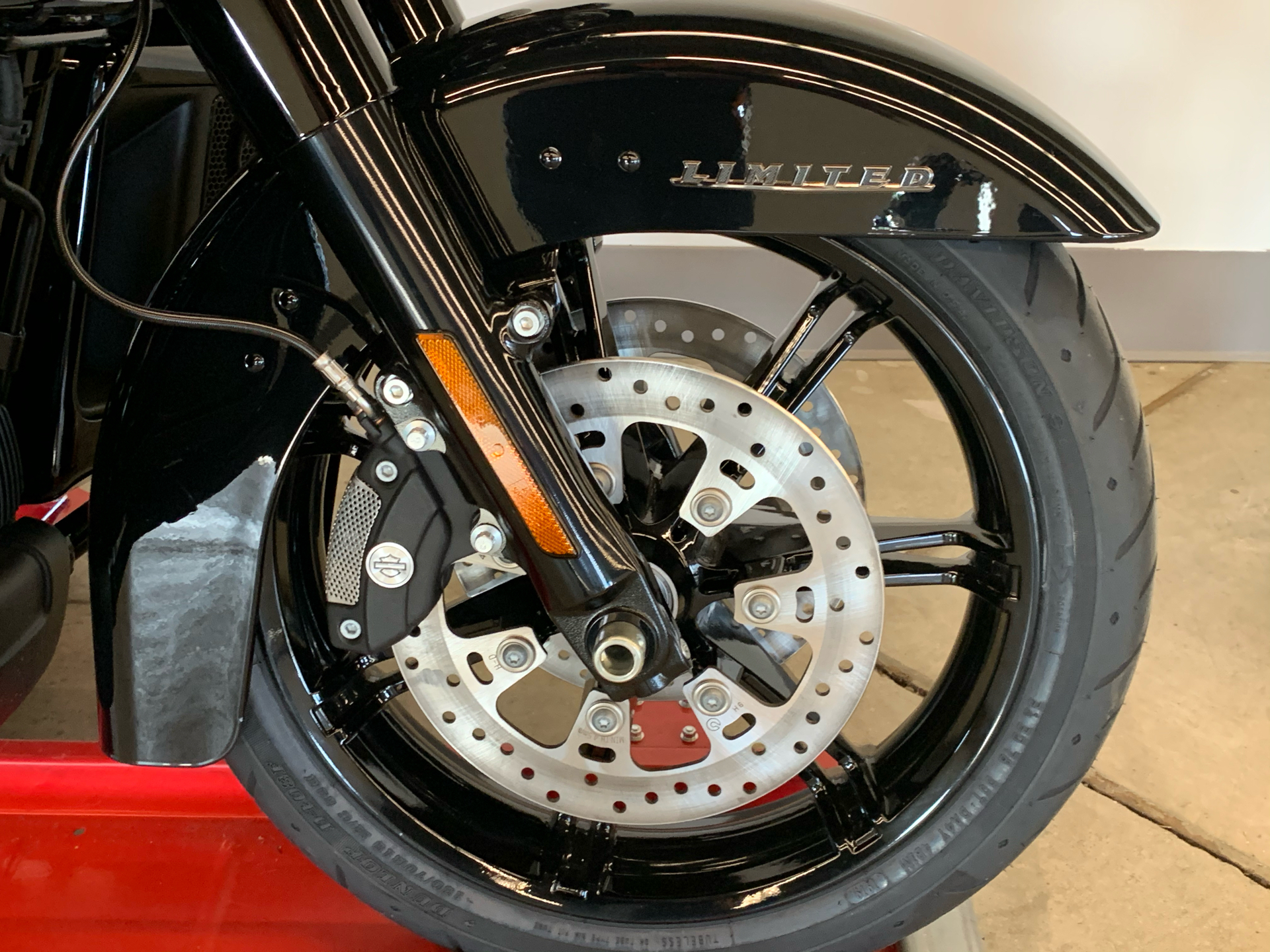 2021 Harley-Davidson ULTRA LIMITED in Flint, Michigan - Photo 9