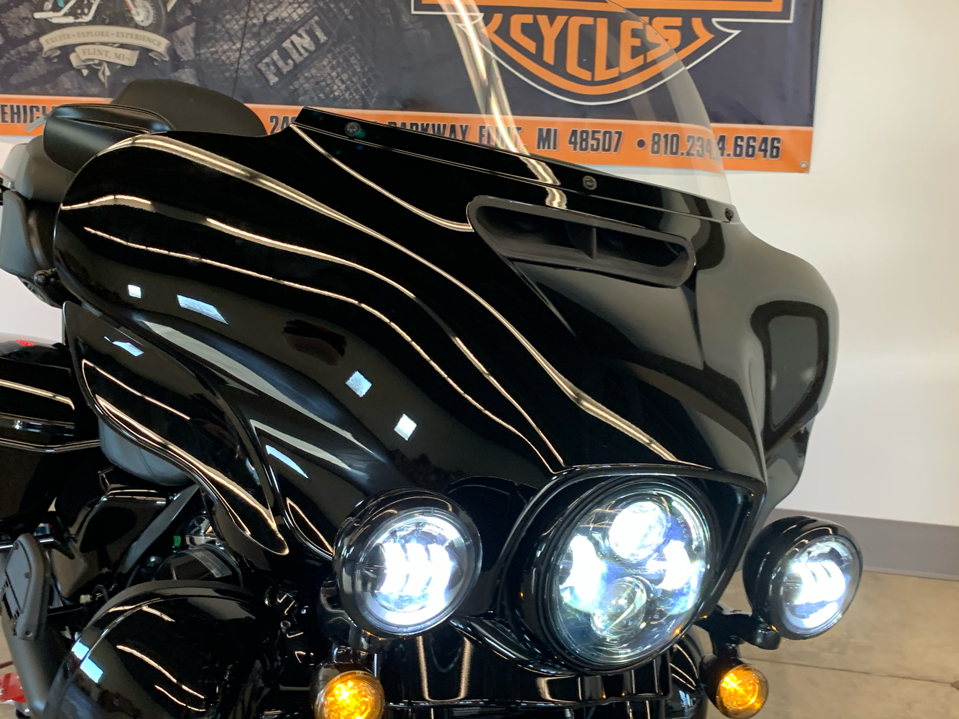 2021 Harley-Davidson ULTRA LIMITED in Flint, Michigan - Photo 12