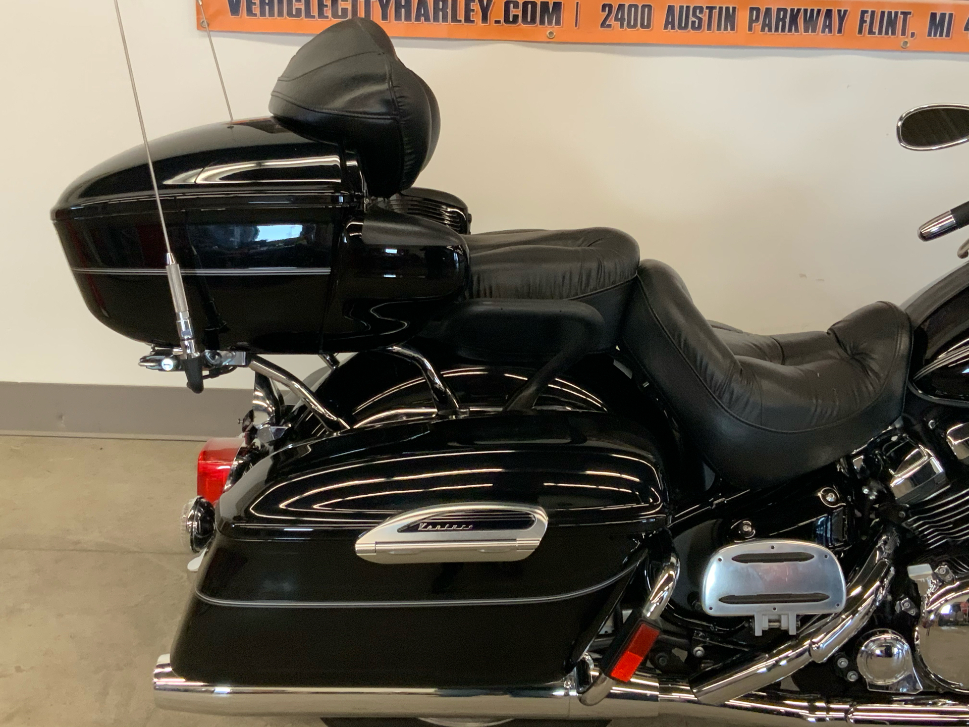2012 Yamaha Royal Star Venture S in Flint, Michigan - Photo 9