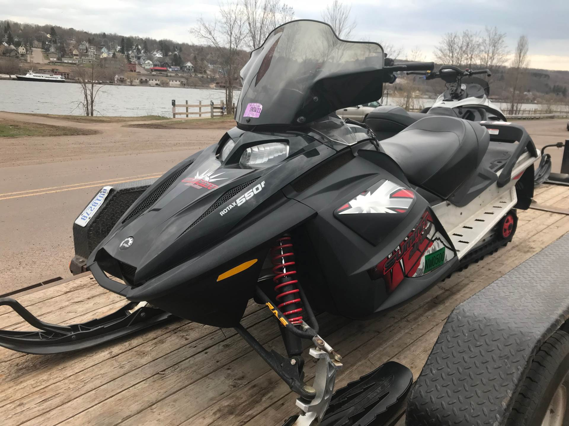 2006 Ski-Doo Summit Fan 550F in Hancock, Michigan