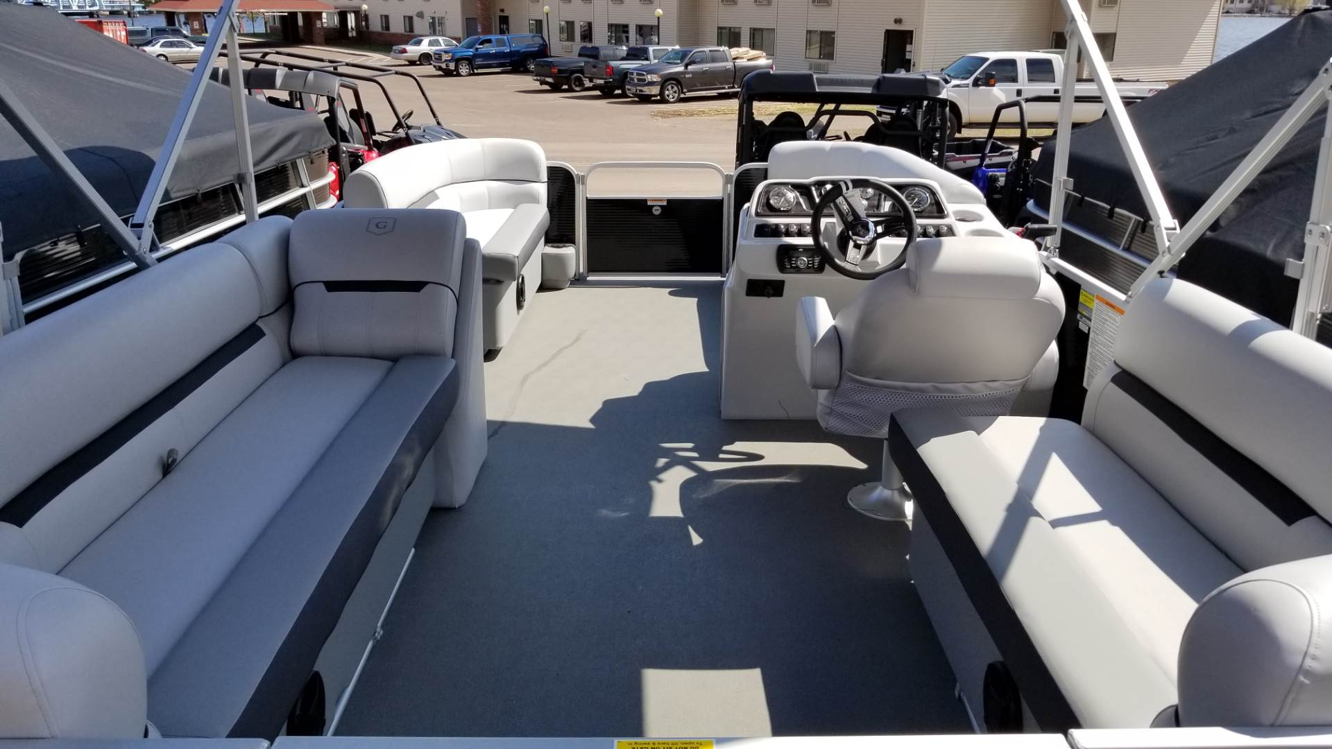 2019 Sweetwater 2086 SB in Hancock, Michigan - Photo 2