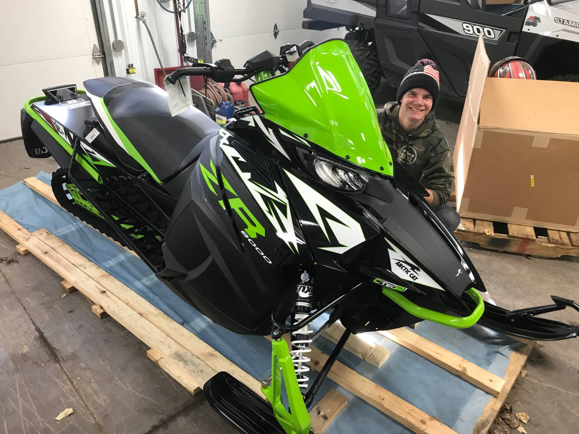 2018 Arctic Cat ZR 8000 Limited ES (137) in Hancock, Michigan