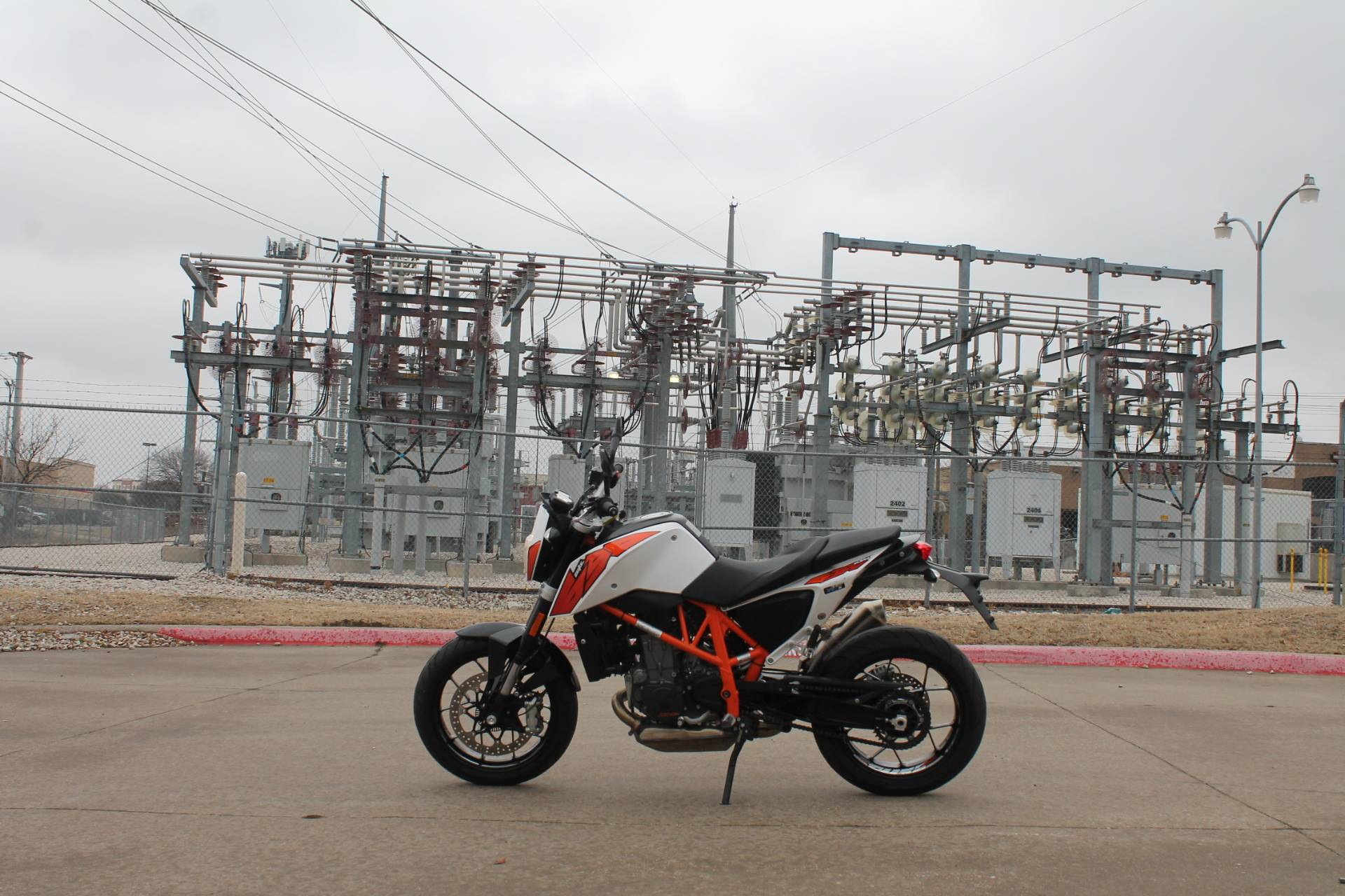 2015 KTM DUKE 690 in Allen, Texas - Photo 1