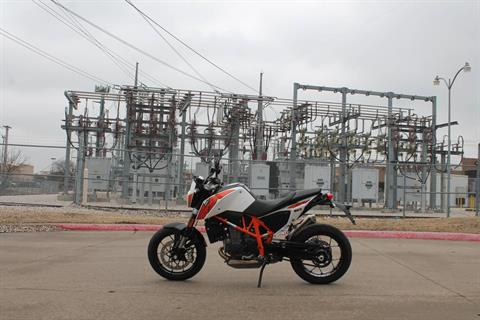 2015 KTM DUKE 690 in Allen, Texas