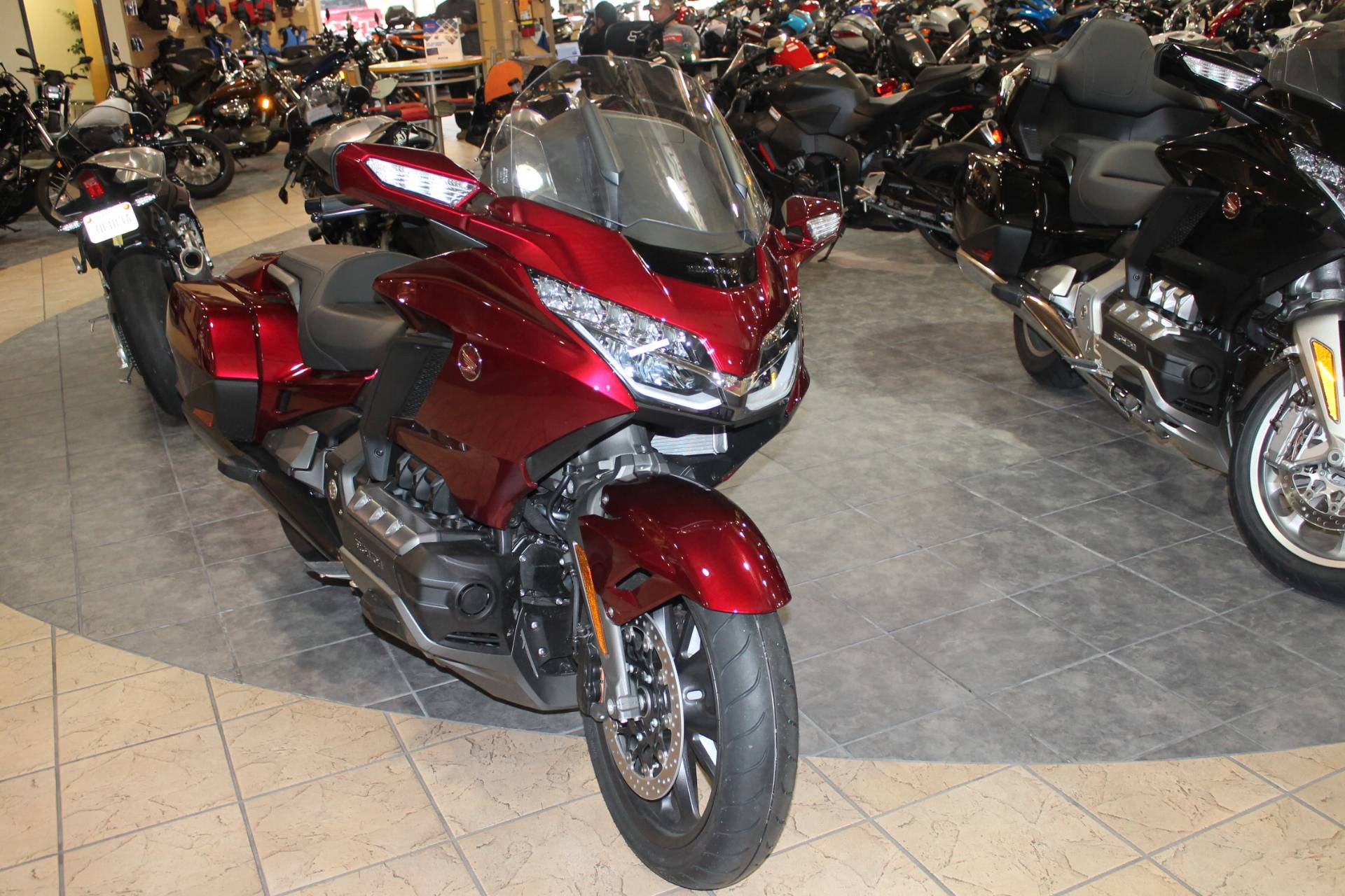 2018 Honda Gold Wing DCT in Allen, Texas - Photo 3