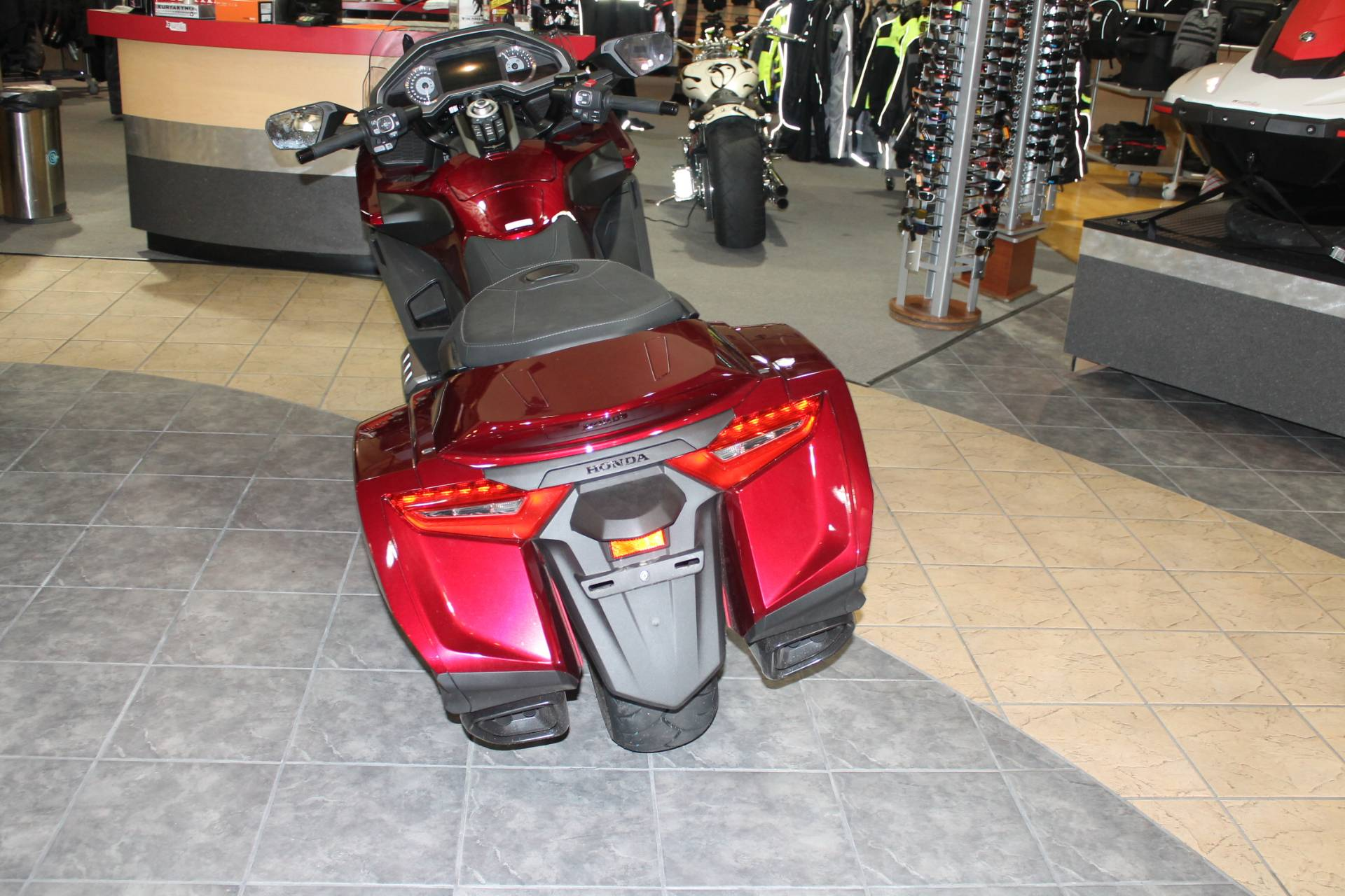 2018 Honda Gold Wing DCT in Allen, Texas - Photo 4
