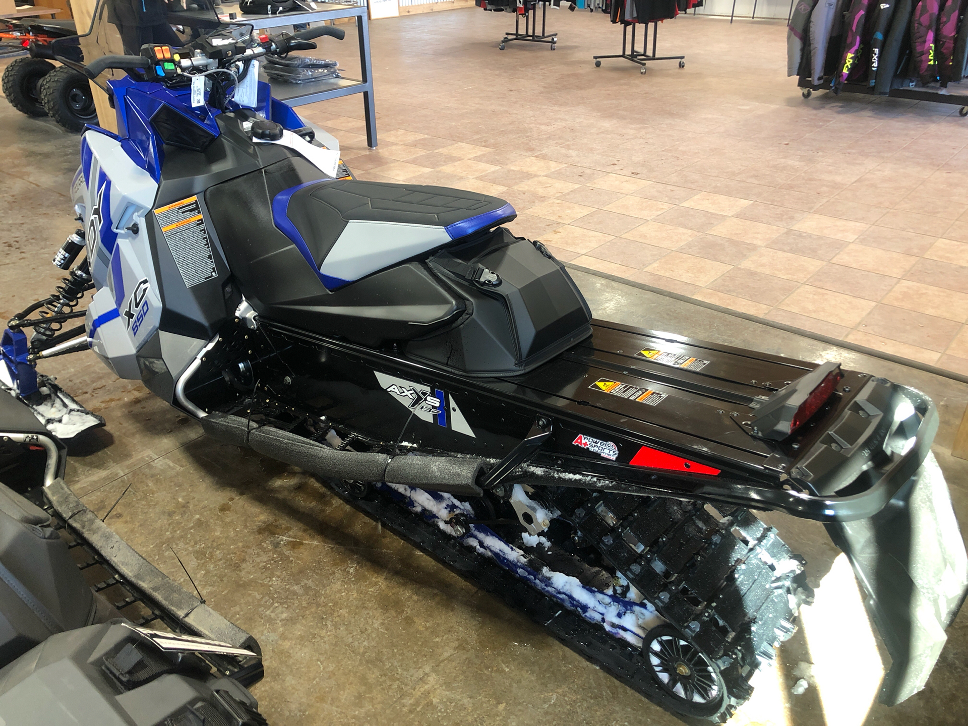 2021 Polaris 850 Indy XC 137 Factory Choice in Elkhorn, Wisconsin - Photo 3