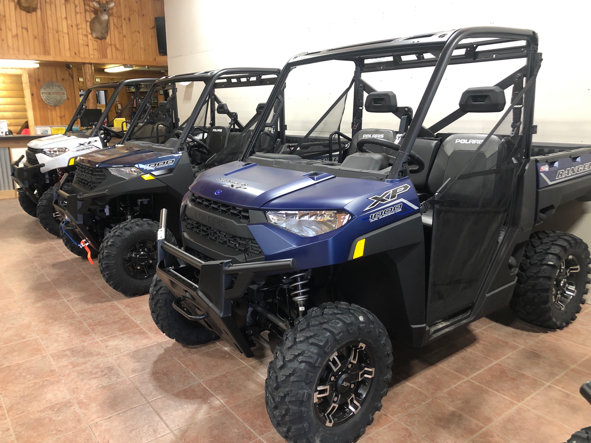 2021 Polaris Ranger XP 1000 Premium in Elkhorn, Wisconsin - Photo 3