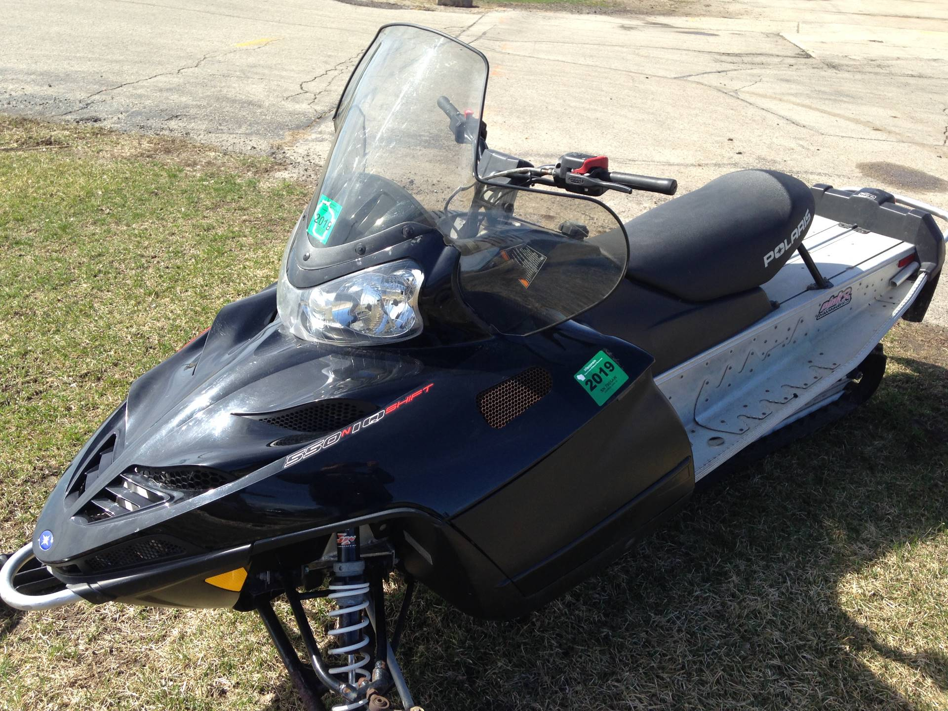 2011 Polaris 550 Shift 136 ES in Elkhorn, Wisconsin