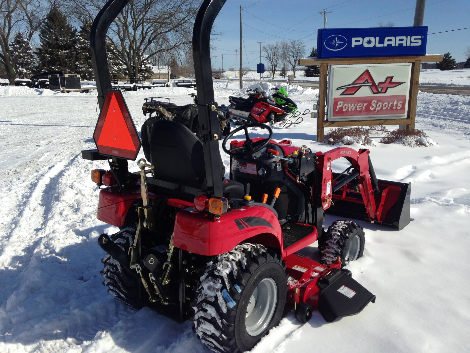 2018 Mahindra EX20S4FHILM in Elkhorn, Wisconsin