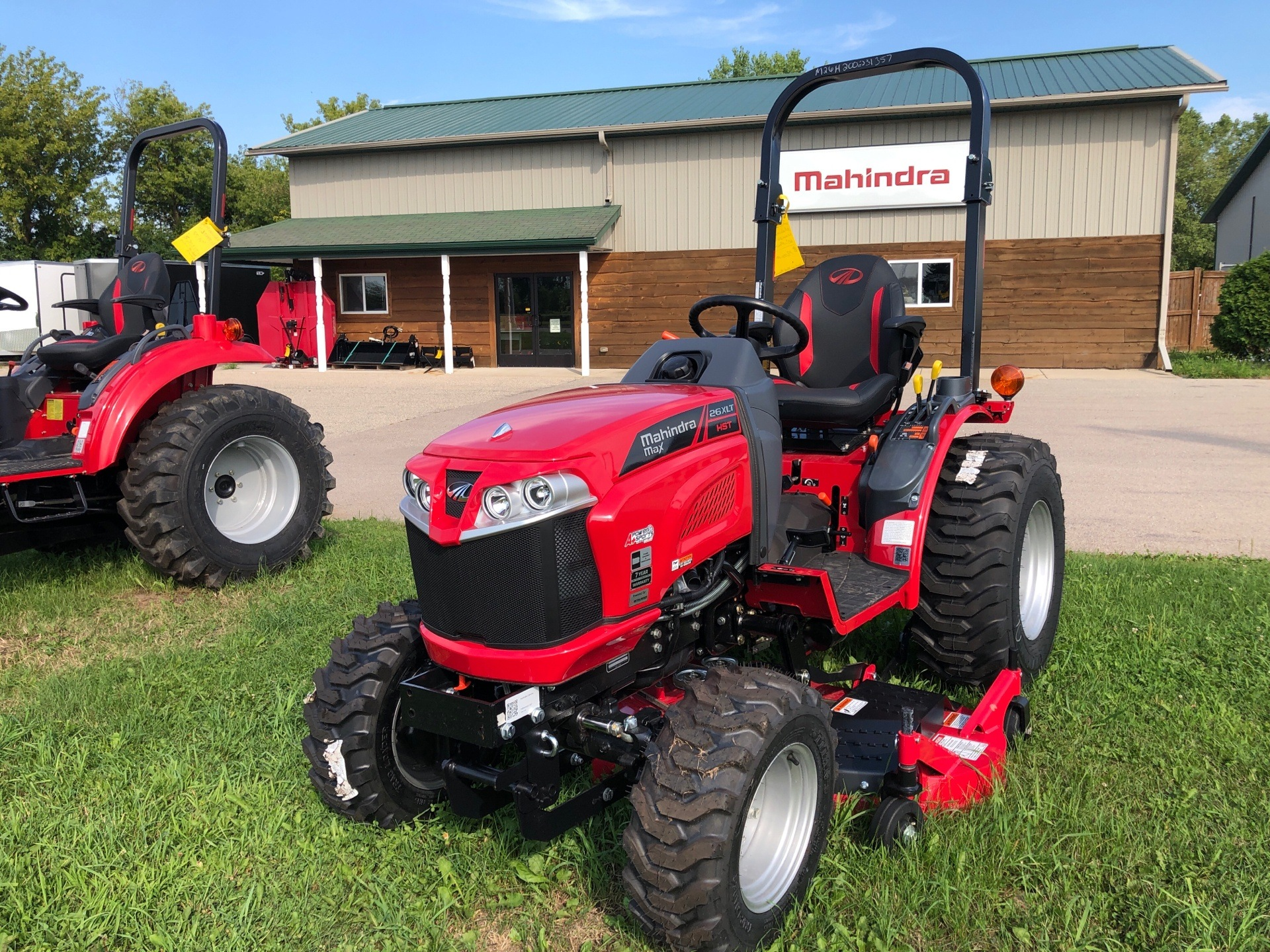 2020 Mahindra MAX26-  MX26XLTHIM in Elkhorn, Wisconsin - Photo 1