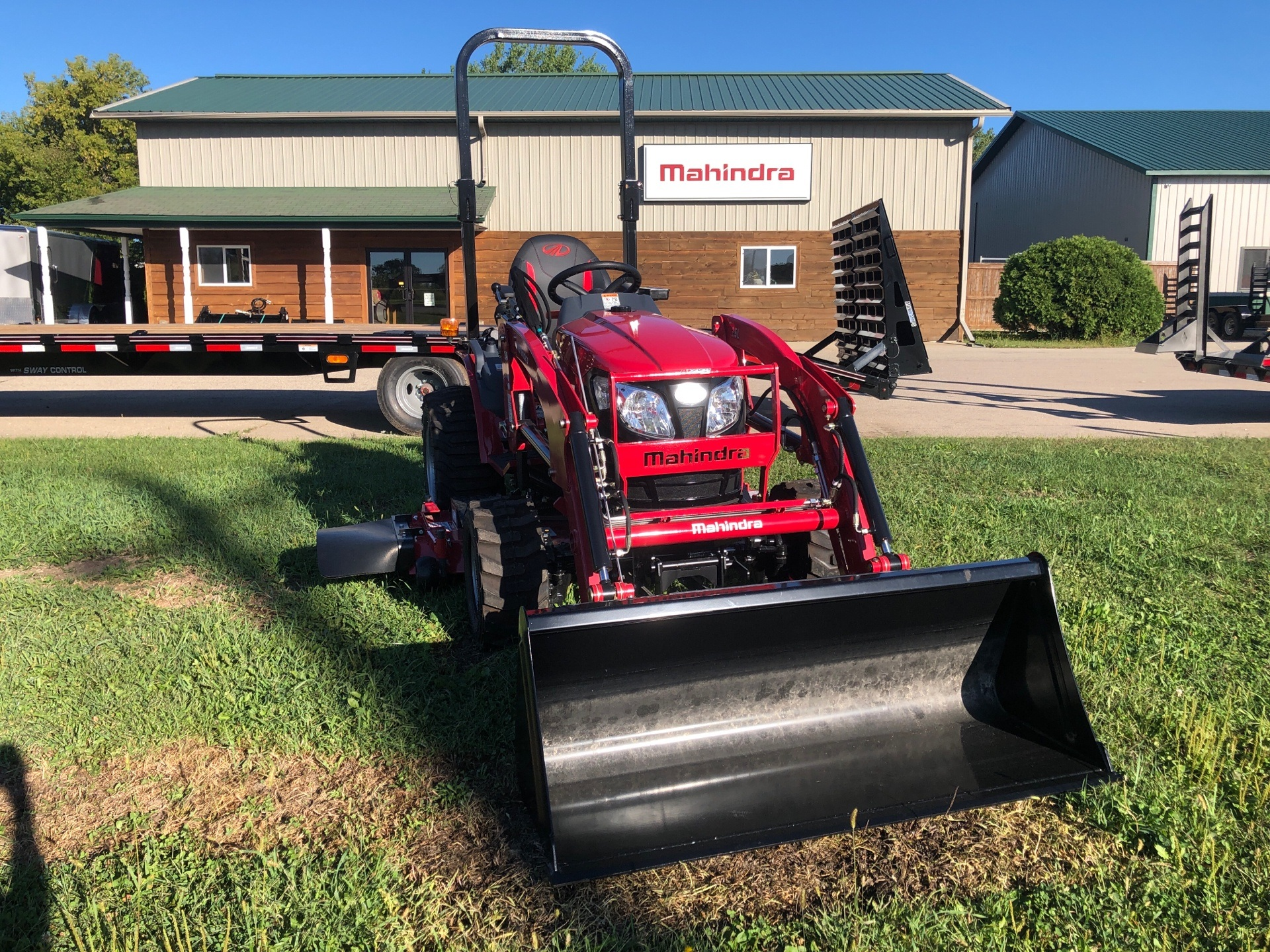 2020 Mahindra eMax22L EXL224FHILM in Elkhorn, Wisconsin - Photo 1