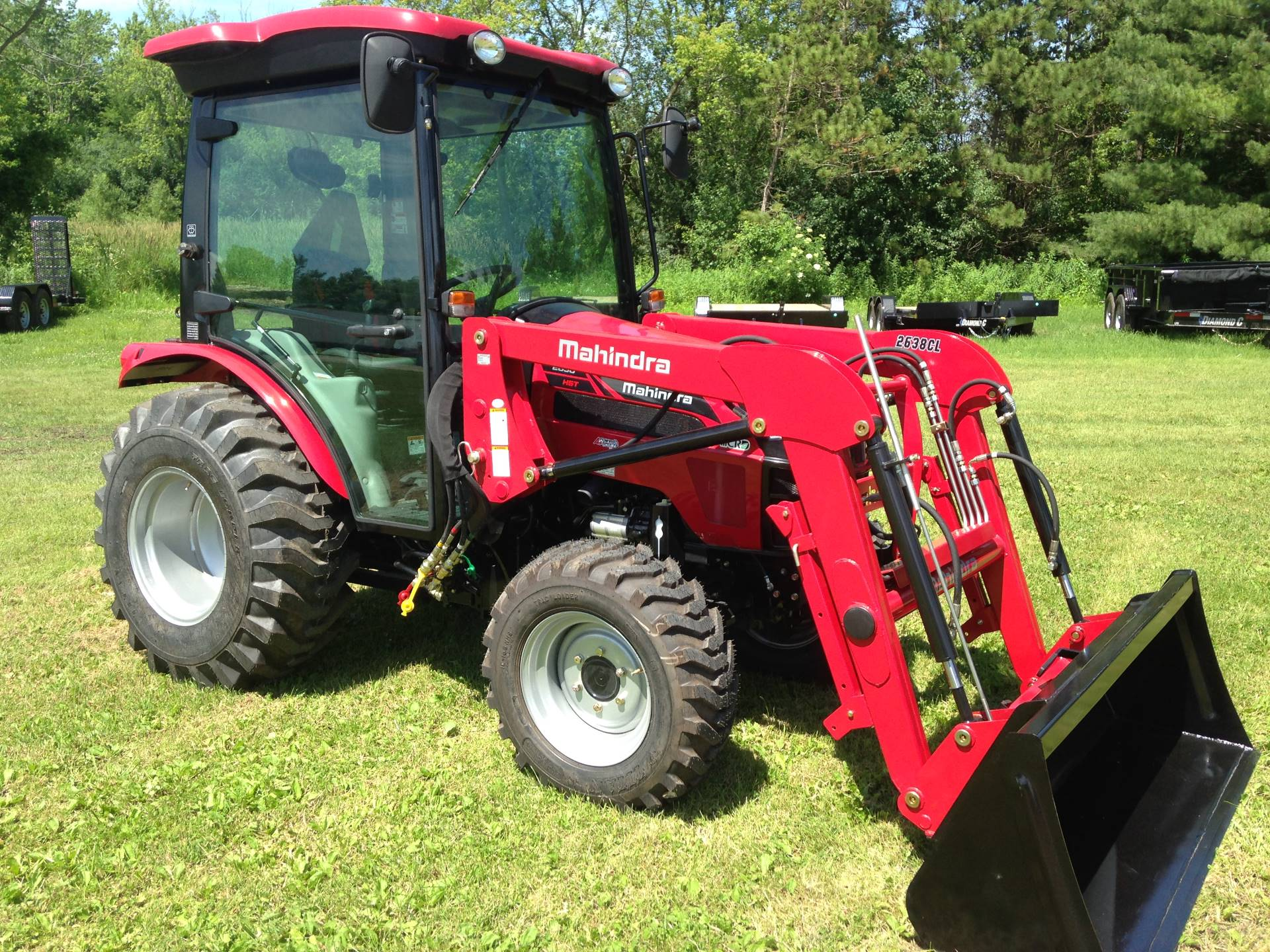 2019 Mahindra 2638 HST Cab in Elkhorn, Wisconsin