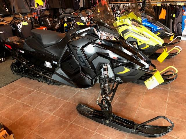 2019 Polaris 600 INDY XC 129 Snowcheck Select in Elkhorn, Wisconsin