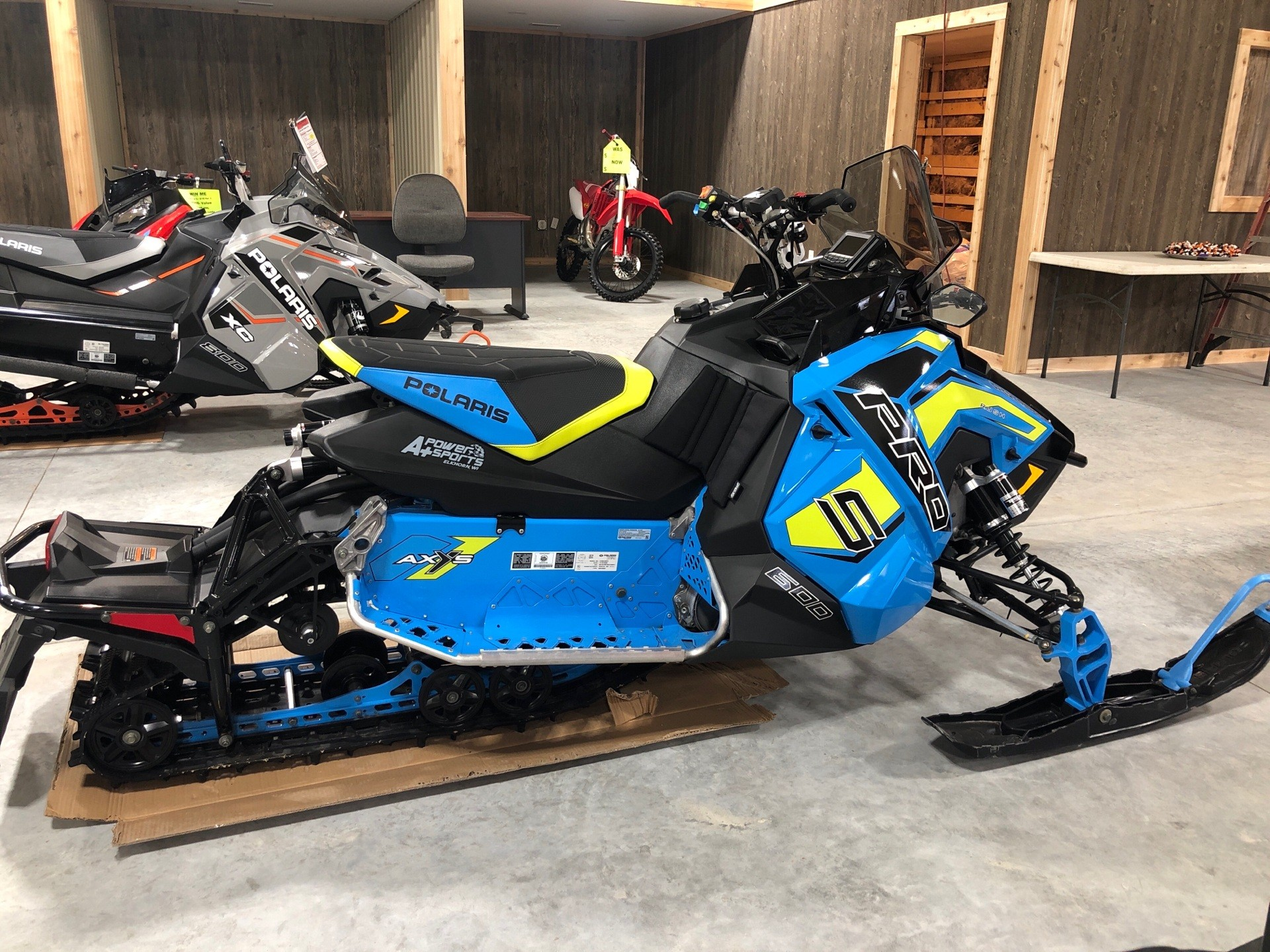 2019 Polaris 600 RUSH PRO-S 1.25 RIPSAW II SnowCheck Select in Elkhorn, Wisconsin - Photo 3