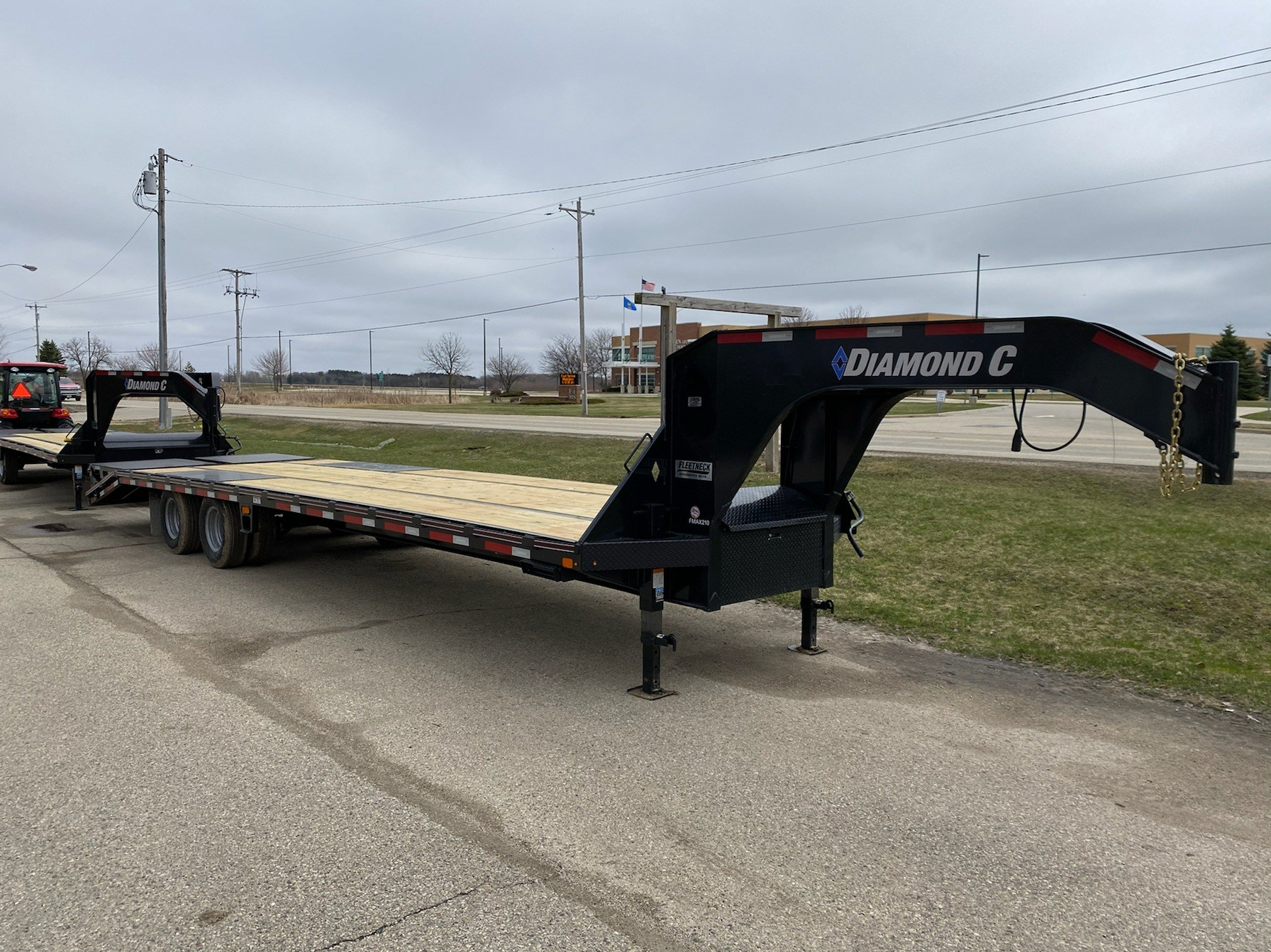 2020 Diamond C FMAX210 GN TRAILER in Elkhorn, Wisconsin - Photo 1