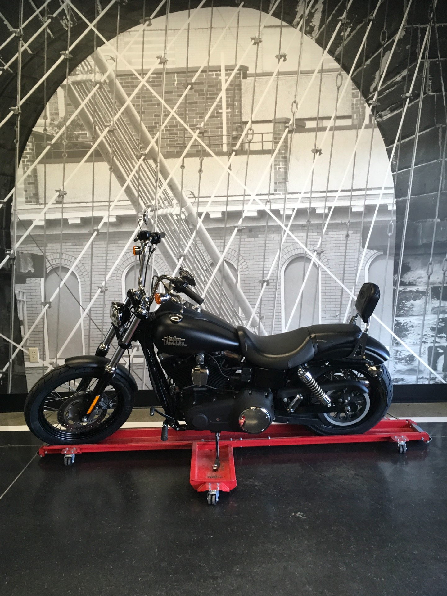 2016 Harley-Davidson Street Bob® in Triadelphia, West Virginia - Photo 3