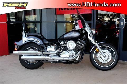 2005 Yamaha V Star 1100 in Huntington Beach, California