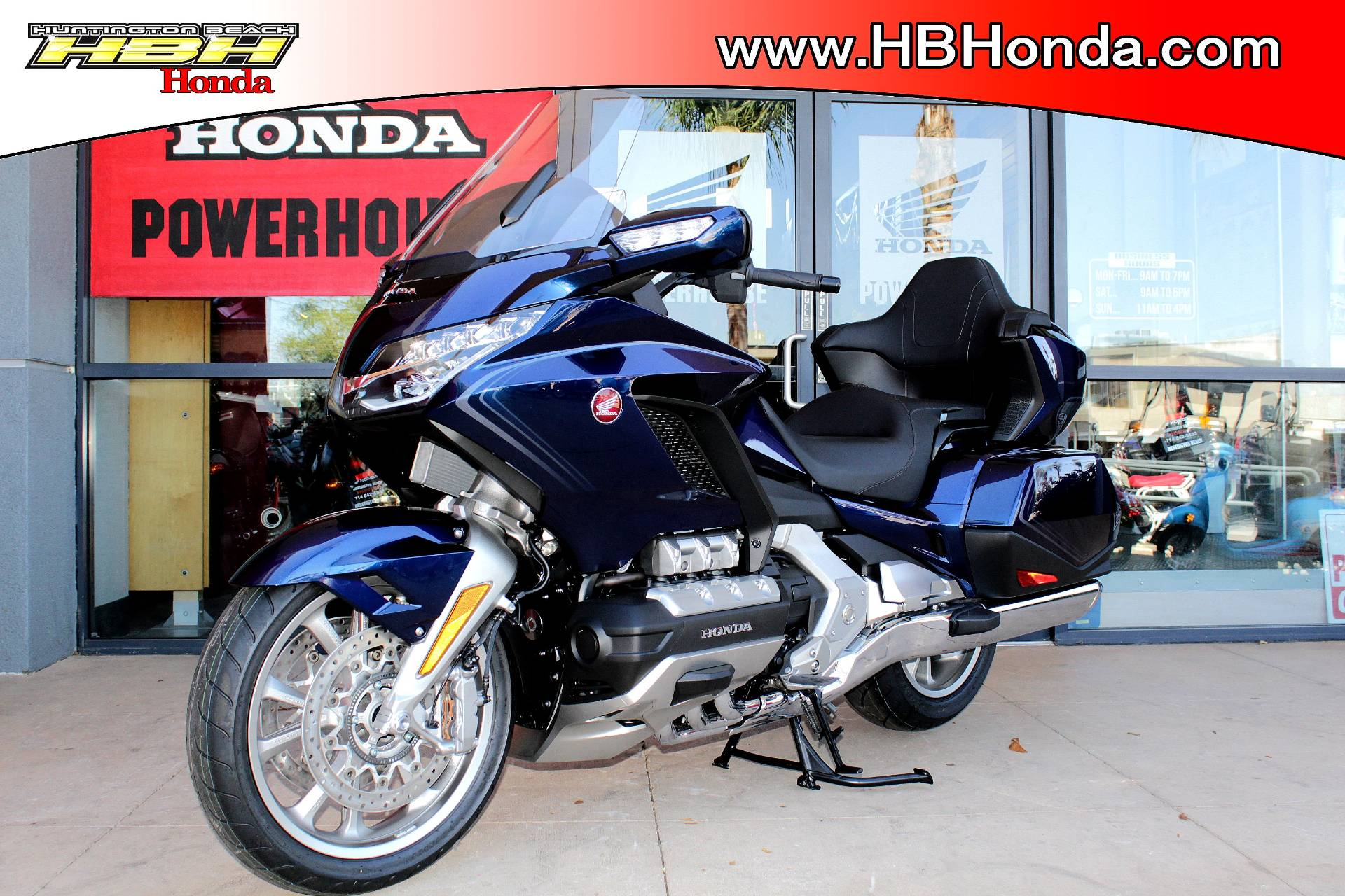 2018 Honda Gold Wing Tour Automatic DCT in Huntington Beach, California - Photo 4