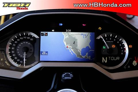 2018 Honda Gold Wing Tour Automatic DCT in Huntington Beach, California - Photo 11