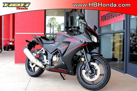 2018 Honda CBR300R ABS in Huntington Beach, California - Photo 2