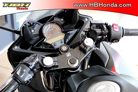 2018 Honda CBR300R ABS in Huntington Beach, California - Photo 5