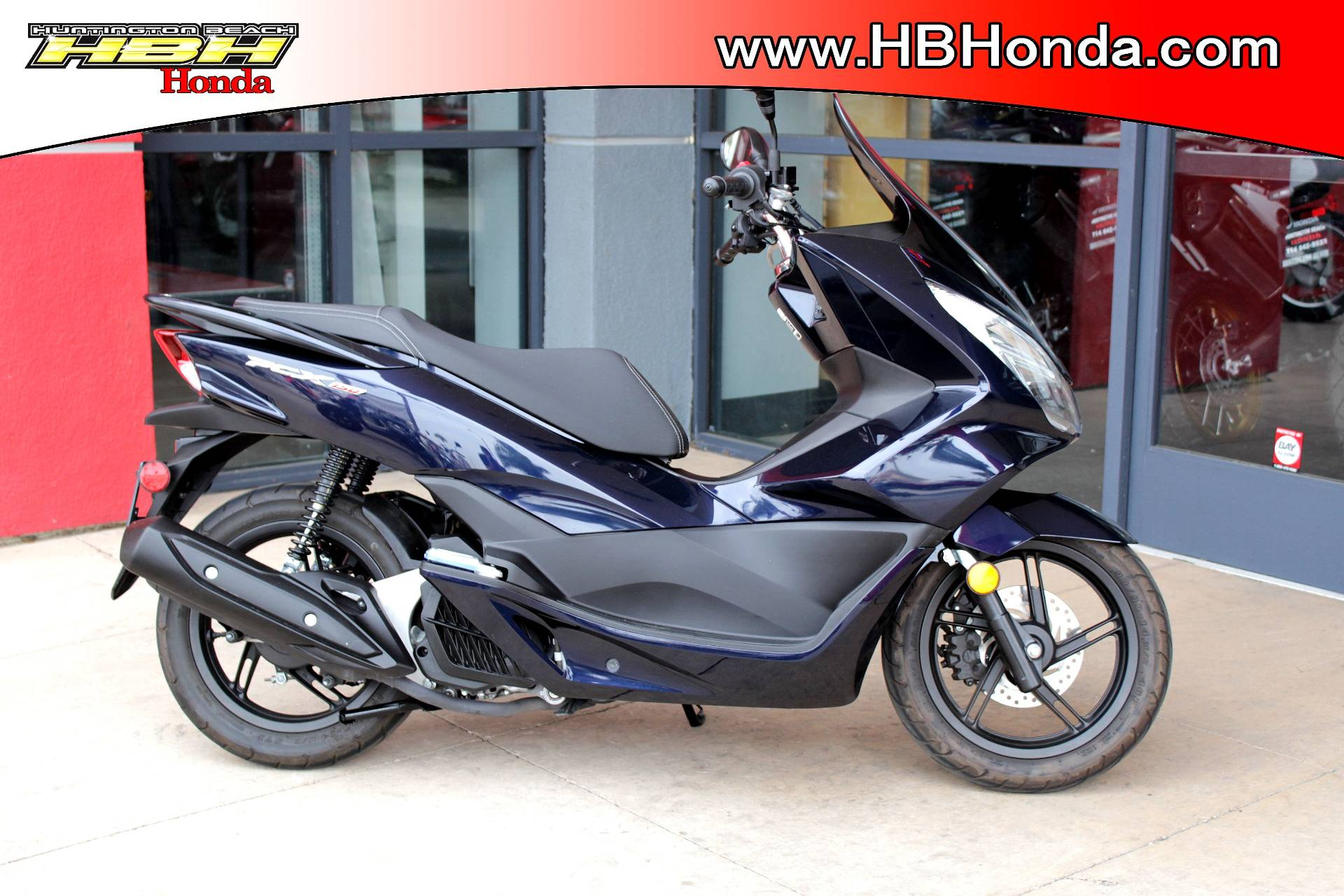 2017 Honda PCX150 in Huntington Beach, California - Photo 1