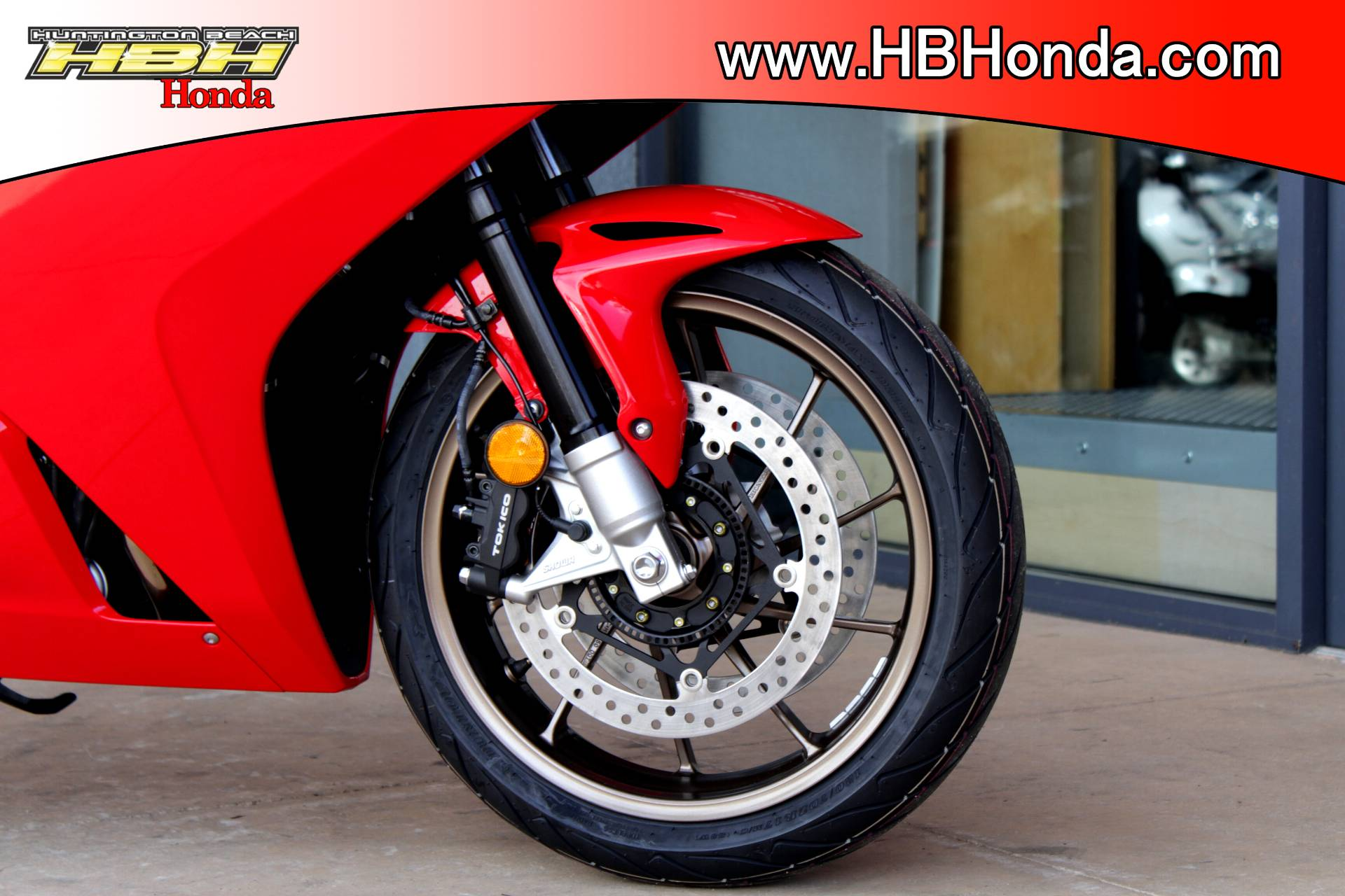 2015 Honda Interceptor® Deluxe in Huntington Beach, California - Photo 6
