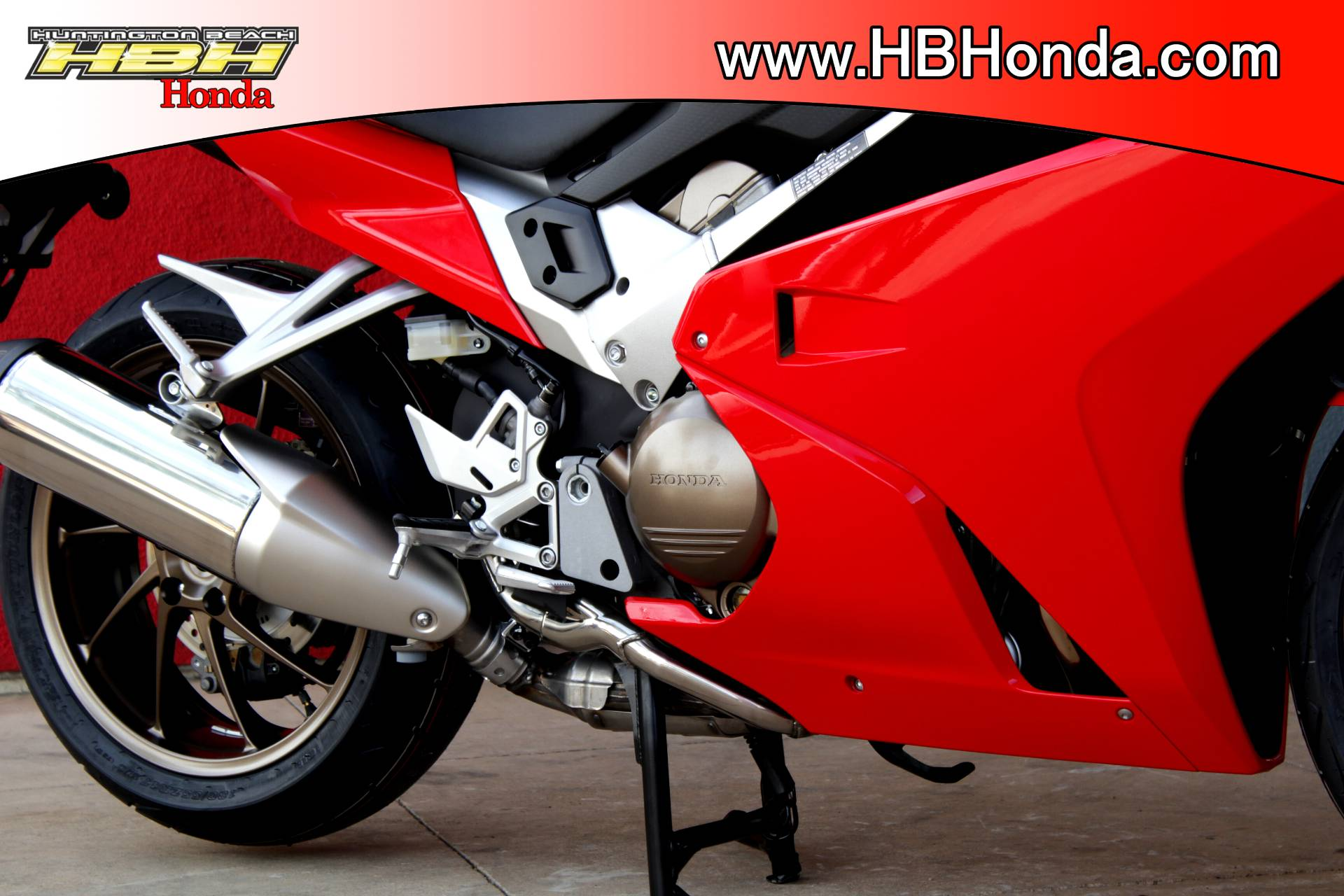 2015 Honda Interceptor® Deluxe in Huntington Beach, California - Photo 9