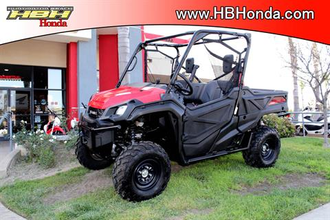 2016 Honda Pioneer 1000 in Huntington Beach, California