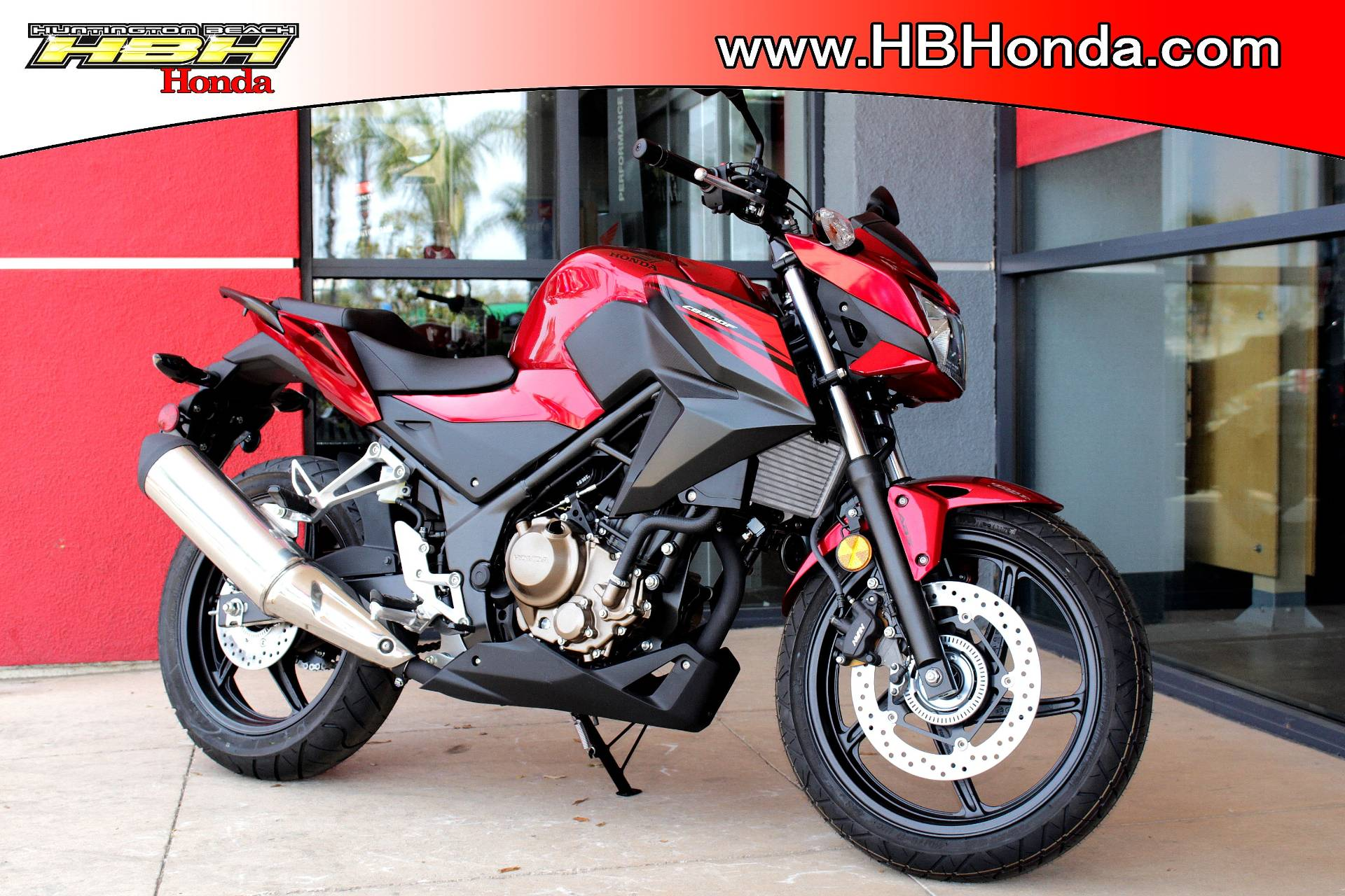 2018 Honda CB300F ABS in Huntington Beach, California - Photo 2